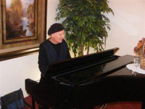 donn at piano